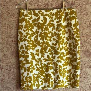 Loft mustard print pencil skirt 6.